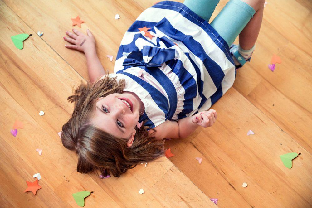 child-cute-floor-544981
