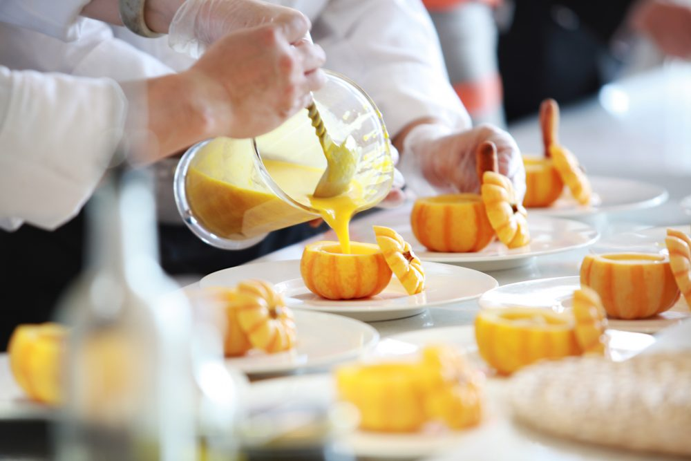 blur-chef-close-up-671956