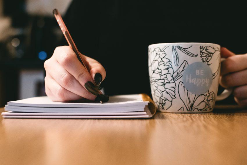 blurred-background-ceramic-ceramic-cup-851213