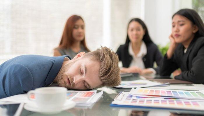 thumb_man-sleeping-meeting